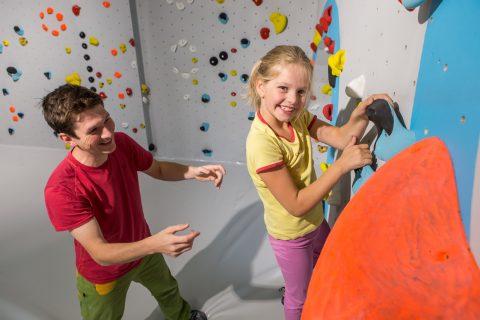 Anpassungen der Regeln für das Bouldern mit Kindern ab 1.7.19 in der Boulderwelt Regensburg.